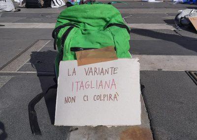 Zaino Manifestazione A Scuola La variante Italiana non ci colpirà