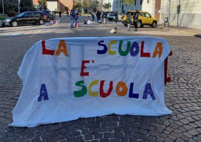 Manifestazione Rete Nazionale Scuola in Presenza a Busto Arsizio